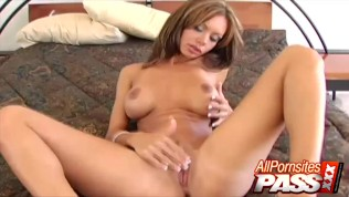 crissy moran does the blow job herself