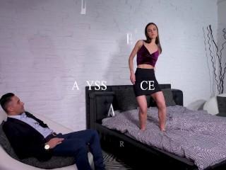 glamour pornstar alyssa reece deepthroats and cowgirl rides her director