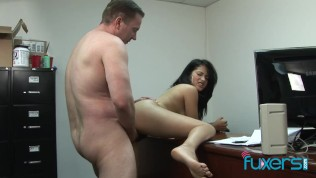 Stepdaughter Andrea Kelly hairy pussy