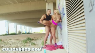 PORNDITOS – Blonde PAWG Carol Ferrer Fucked Doggystyle In Public (Loop)