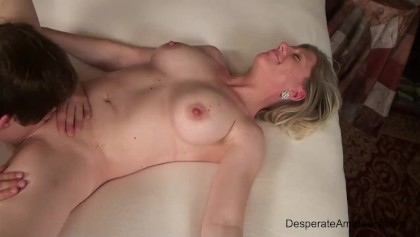 Amateur milf pornos