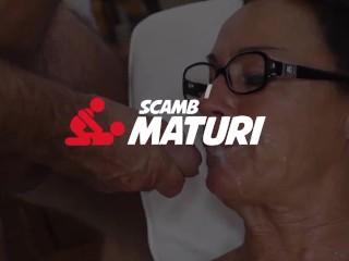 Scambisti Maturi - Chubby Mature Cougar Fucks Young Horny Man - AmateurEuro