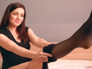 Pov/the ass roulette pantyhose