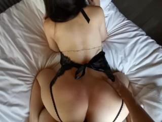 Erotic GF in hot underwear morning intercourse in resort 操大奶小姊姊