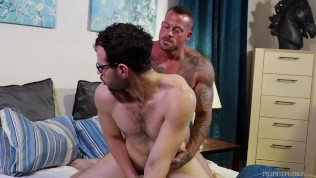 Sean Duran Pays Debt With Dick - MenOver30