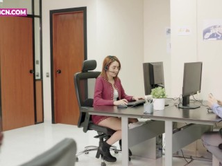 PORNBCN 4K The milf office boss wants anal sex with young fellow HD