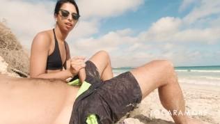 BLOWJOB ON A PUBLIC BEACH - EROTICA EN ROUTE (EPISODE 1)