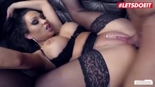 Bums Buero - Secretary Seduce Big Boss For Romantic Office Sex - LETSDOEIT