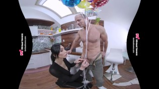 TSVirtualLovers – German Shemale got Dirty Delivery