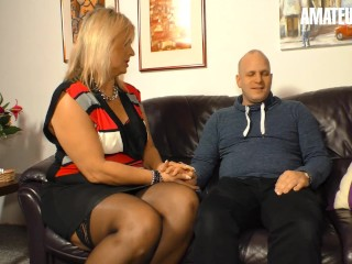 XXX Omas - Hot Mature MILF With Young Man In Bedroom - AmateurEuro