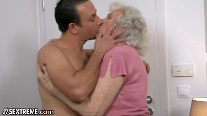 Granny sex video Lady Granny