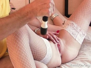 Old Man Masturbates MILF Model To Orgasm With Strong Pussy Contractions