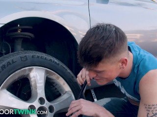 Twink Avery Jones Cant Change A Tire But Can Take A Good Dick