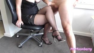 Femdom leg worship ♥ Handjob and legjob ♥ Cumshot on stockings ♥ Sexy legs