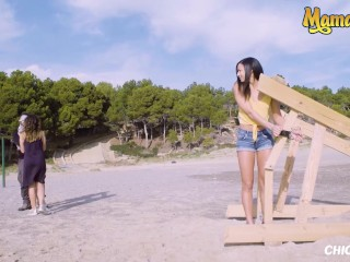 Chicas Loca - Young Cutie Cassie Del Isla Takes A Big Dick By The Beach