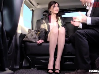 Fucked In Traffic - Gorgeous Girlfriend Has Kinky Car Sex With Her Driver