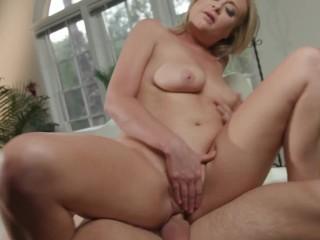 slutty horny mom step-mom provides son deepthroat astonishing cock licking