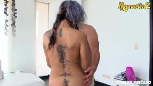 Carne Del Mercado – Hot Latina MILF Takes A Work Break To Ride A Big Dick