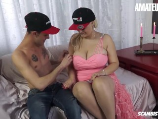 Scambisti Maturi - Huge Boobs Chubby MILF Fucks Her Young Step Son