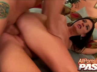 India/mouth/pounding mouth india summer gets