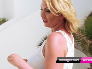 hot mom leigh darby oils up and plays with her pussy