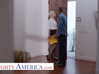 naughty america - your personal good quickie realtor skye blue