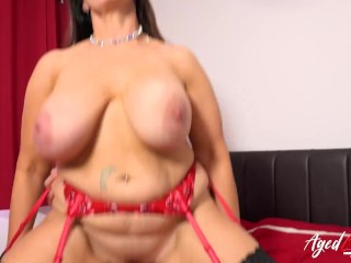 AgedLovE British Mom with Great Knockers