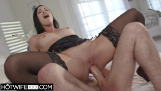 Hotwifexxx – Slutty Shared Hot Wife Plays With James Deen Cock