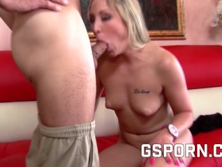 Horny Couple Play Hot Sex With Ending Creampie