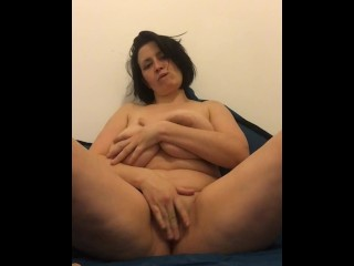 Huge Natural Boobs Bounce As Mature Plays With Her Dildo - Cam4