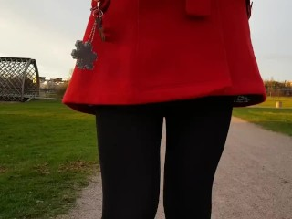 Upskirt/a in walk pee and