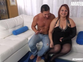 Scambisti Maturi - Chubby Mature Gets Her Ass Banged By A Big Cock