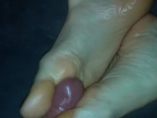 Amateur cum compilation #8 SOLES, NYLON, PED SOCKS, FISHNET and many more!!