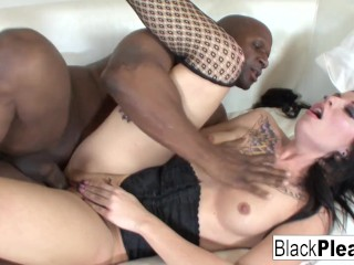 Tattooed starlet Aria really loves BBC!