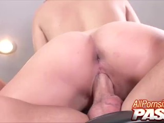 Teen Hannah West Banged And Facialed