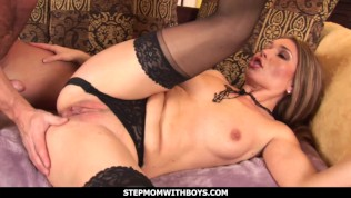 Stepmomwithboys – Juicy Stepmom Pussy Gets Fucked By Step-son