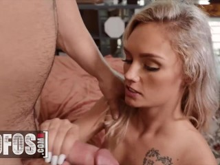 MOFOS – Petite Blonde Winter Bell Is So Thirsty For That Juice In Her Mouth