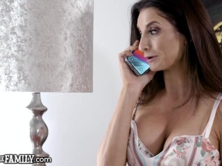 She Wants Her Stepson To Gives Her Anal