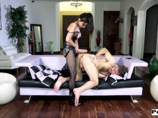 Lustful trinity st clair fist smashes and strapon gapes a slutty asshole