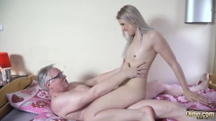 Stunning Beautiful Teenager Gets Fucked By Horny Big Cock and swallows his cumshot like a nasty slut