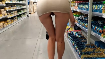Flashing in public stores