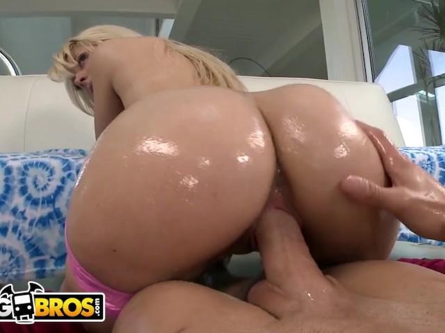 Big Ass White Girl Riding Bbc