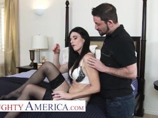 Naughty America - India Summer gets back at her husband by fucking her personal trainer