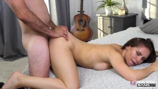 Real Teens – Mia Moore Banged During Porn Casting