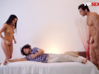 PornDoePedia - Alexa Tomas Bubble Butt Spanish Brunette Teaches You How To Doggystyle The Right Way
