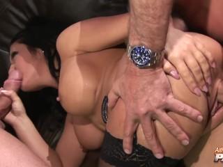 Massive TIts Starlet Amanda Ebony Accumulates A Sexy orgy Banging In 4k