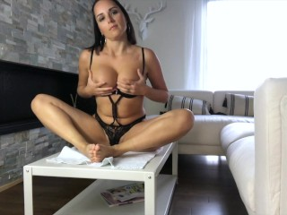Intense ride on the table with the big dildo