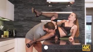 RIM4K. Seductive girl makes repairman happy with perfect rimjob