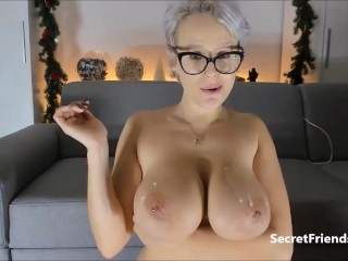 Busty milf ass fucked live on cam