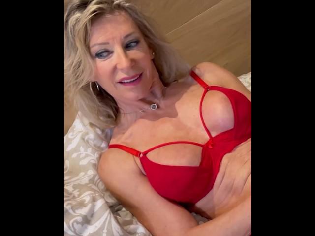 Beaulieu porn marina Marina Beaulieu